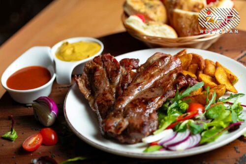 jela-sa-rostilja-svinjski-vrat-restoran-zar