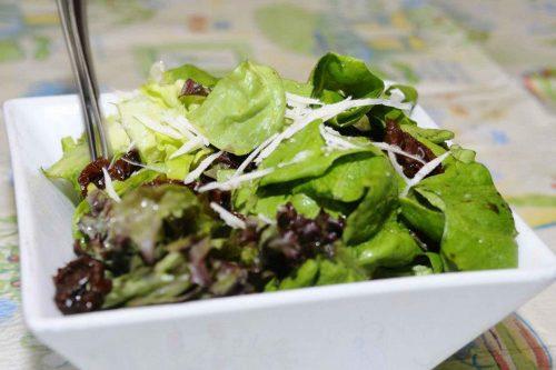 mix-zelenih-salata-restoran-zar