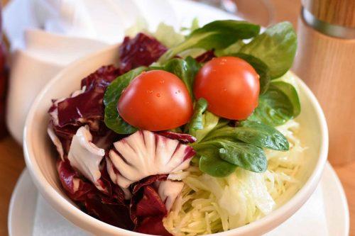 sezonska-salata-restoran-zar