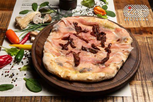 restoran-zar-mance-pizza-prsuta
